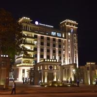 Hotel_Night_tn.jpg