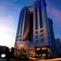 HOTEL_EXTERIOR_FACADE_tn.jpg