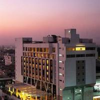 hotel-exterior_tn.jpg